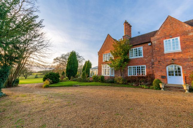 Thumbnail Semi-detached house for sale in Vicarage Road, Stoneleigh, Warwickshire