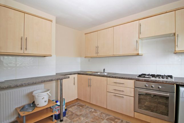 Thumbnail Flat to rent in 126 Plumstead Road, Greater London