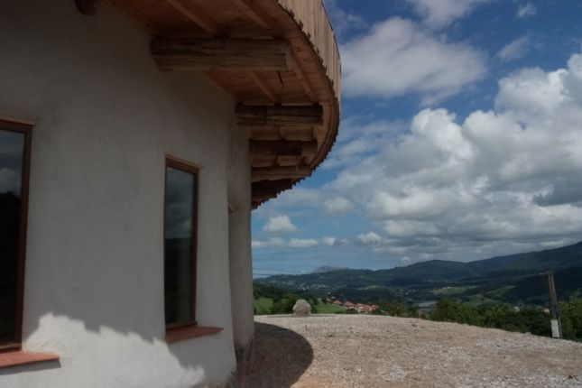 Thumbnail Country house for sale in Llanez, Badames, Voto, Cantabria, Spain