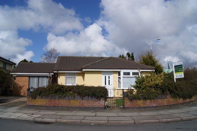 Thumbnail Bungalow to rent in Herdman Close, Belle Vale, Liverpool
