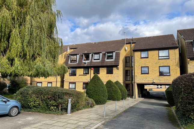 Thumbnail Flat to rent in Howard Road, South Norwood