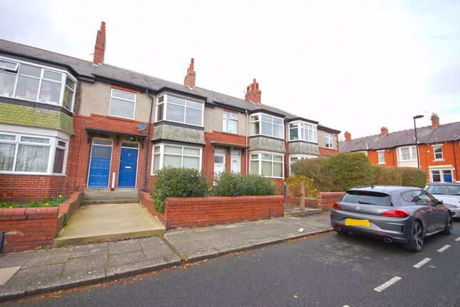 Thumbnail Flat to rent in Valley View, Jesmond, Newcastle Upon Tyne