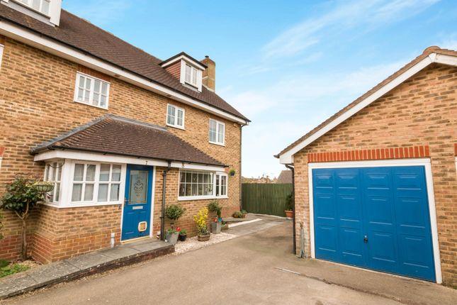 Thumbnail Property to rent in Barley View, North Waltham, Basingstoke