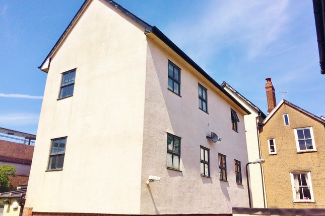 Flat to rent in North Street, Exeter City Centre