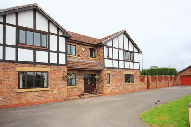 Thumbnail Detached house for sale in Gravel Lane, Banks, Southport