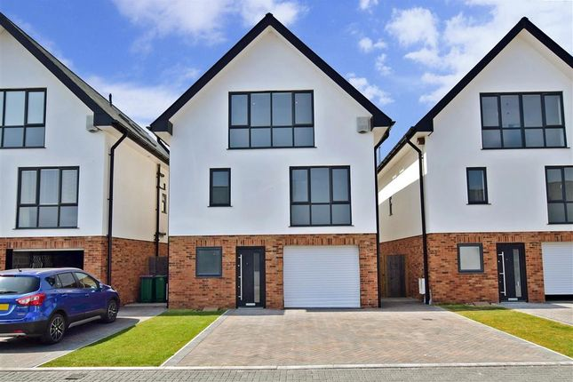 Thumbnail Detached house for sale in Prime View, Littlestone, Kent