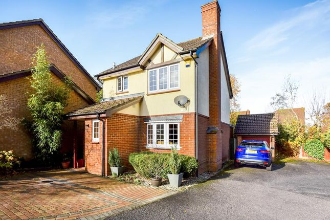 Thumbnail Detached house to rent in Hawkley Drive, Tadley