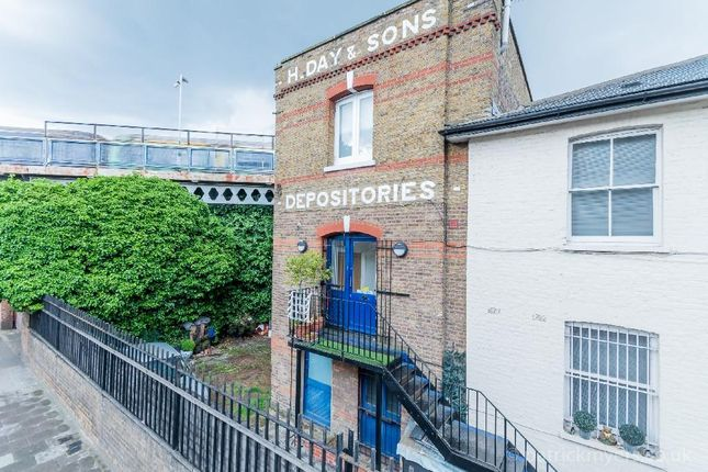 Thumbnail Flat for sale in Norwood High Street, London