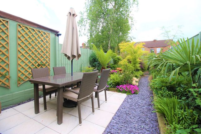3 bed terraced house to rent in Eastville Road, Bedford