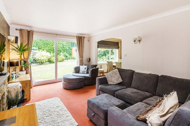 Thumbnail Detached house for sale in Mill Shaw, Hurst Green, Oxted
