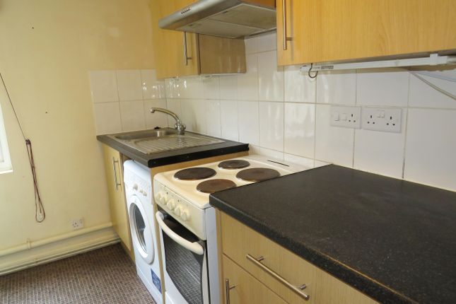 1 bed flat to rent in Waterloo Road, Southampton