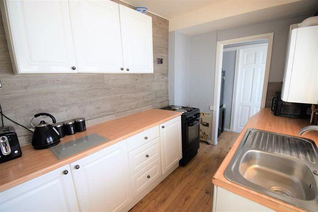 Kitchenn Cont: of Thornton Street, Middlesbrough TS3