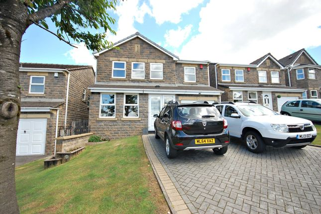 Thumbnail Detached house for sale in Tavern Road, Hadfield, Glossop