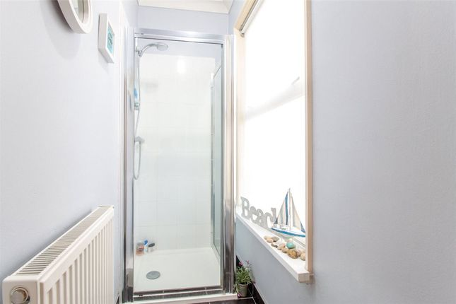 Showerroom of Crown Street, Reading, Berkshire RG1