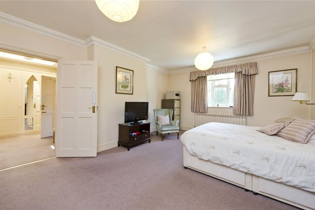 Master Bedroom of Roedean Crescent, Richmond Park, London SW15