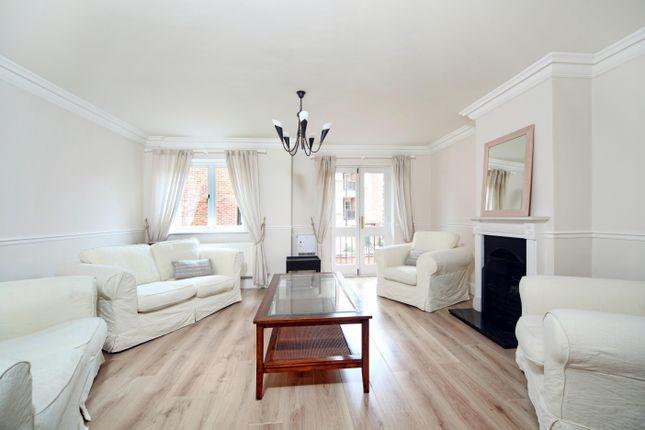 Thumbnail Terraced house to rent in Kingstable Street, Eton, Windsor