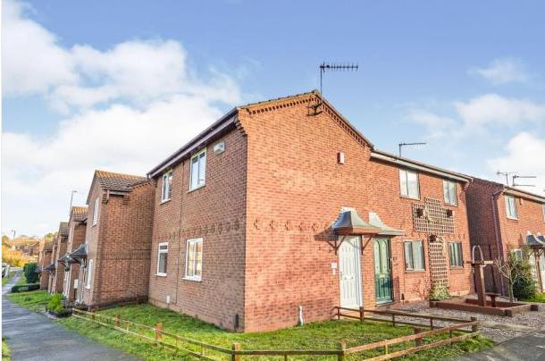 2 bed end terrace house to rent in Danebridge Crescent, Oakwood, Derby DE21