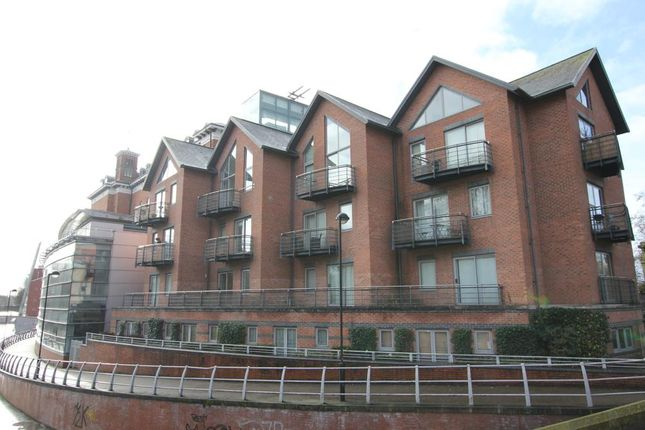 Thumbnail Flat to rent in Dunns Lane, Leicester, Leicestershire