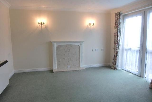 Thumbnail Flat to rent in Orcombe Court, Littleham Road, Exmouth, Devon