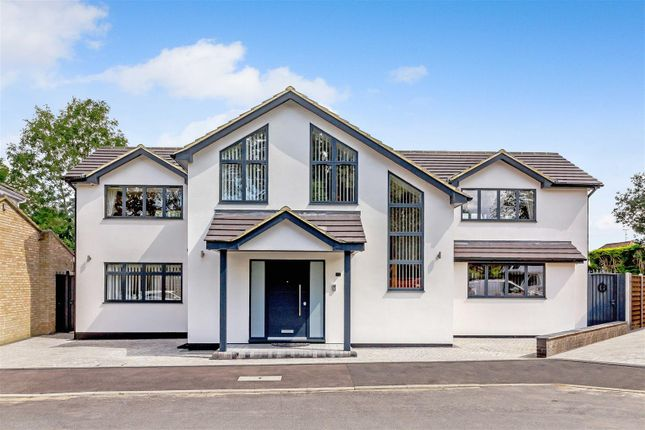 Thumbnail Detached house for sale in The Sheilings, Hornchurch