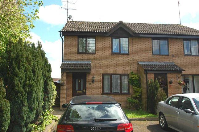 3 bed semi-detached house to rent in Crackley Meadow, Hemel Hempstead