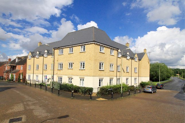 Flat in  Harvest Way  Witney  Oxfordshire O Oxford