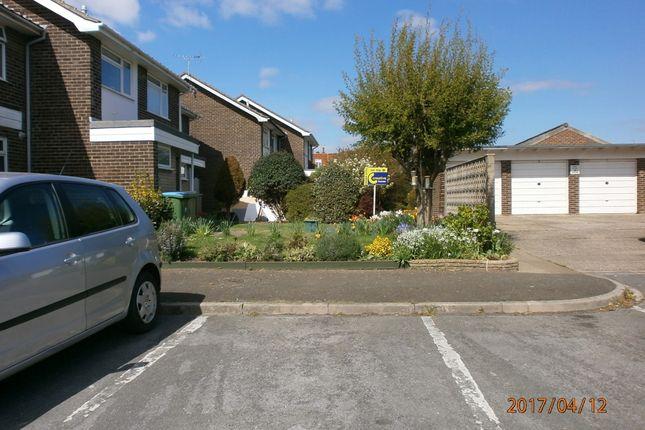 Thumbnail Terraced house to rent in Barnfield, Felpham