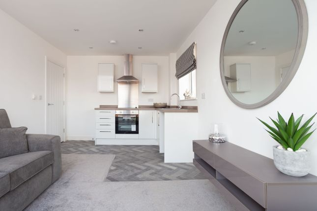Thumbnail Flat for sale in The Buckingham, Devonshire Gardens, Coopers Way