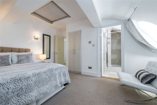 Thumbnail Flat for sale in Spring Gardens, St. James's, London