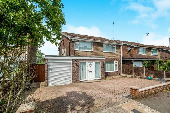 Thumbnail Detached house for sale in Wootton Drive, Hemel Hempstead, Hertfordshire