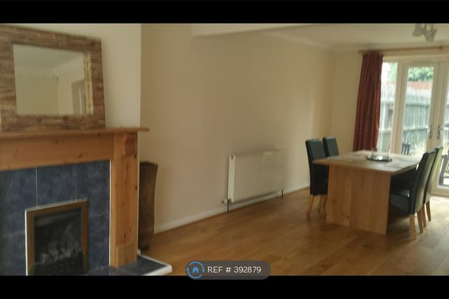 3 bed semi-detached house to rent in Church Gardens, Leeds
