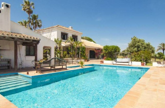 Thumbnail Villa for sale in Manilva, Manilva, Andalucia, Spain