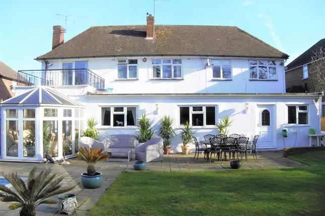 Thumbnail Detached house for sale in Radnor Way, Langley, Slough