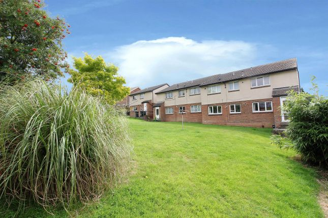 Thumbnail Flat for sale in Highfield Road, Willesborough, Ashford