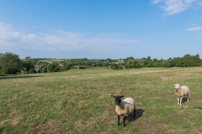 Thumbnail Land for sale in Sevenhampton, Swindon