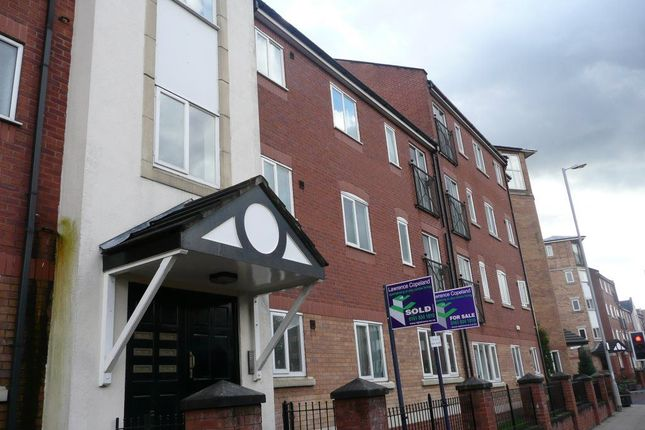 Thumbnail Flat to rent in Chorlton Road, Manchester
