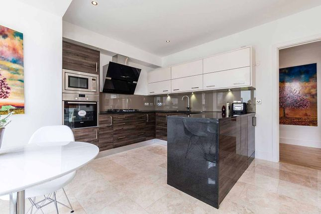 Kitchen of Brighouse Park Cross, Edinburgh EH4