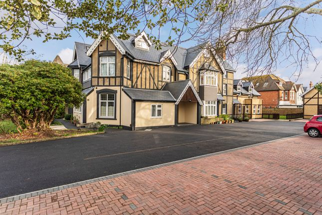 Thumbnail Flat for sale in Wharncliffe Road, Boscombe, Bournemouth