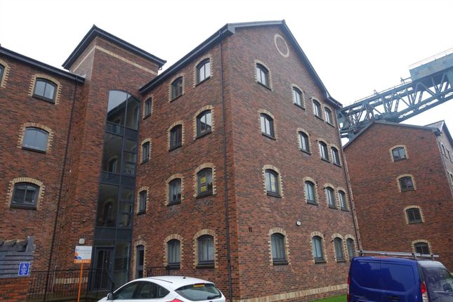 Thumbnail Flat to rent in James Watt Way, Greenock