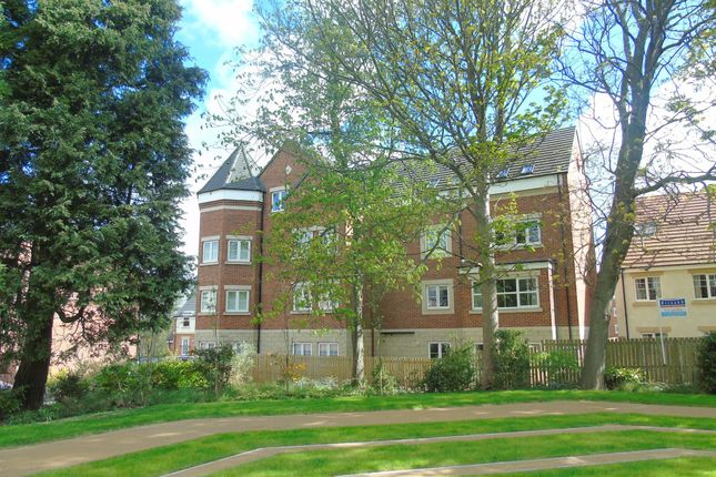 Thumbnail Flat for sale in Loansdean Wood, Morpeth