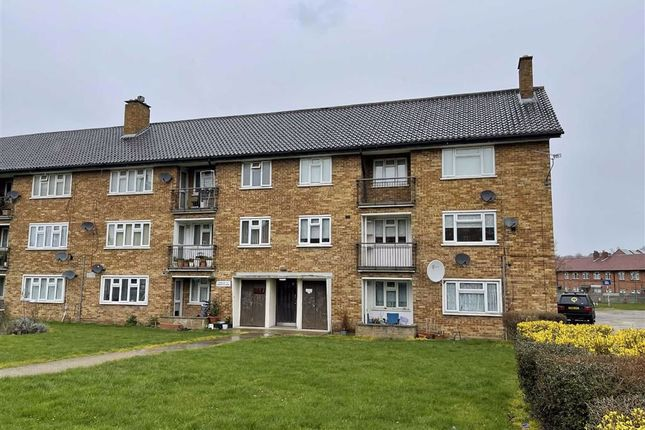 Thumbnail Flat to rent in Heathcote Court, Clayhall