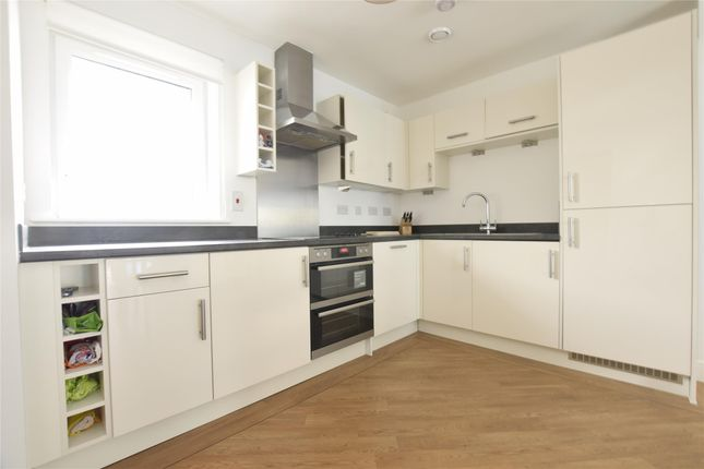 Thumbnail Flat to rent in Maxwell Road, Romford