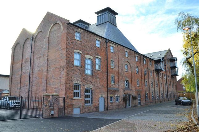 Thumbnail Flat for sale in The Malt House, Cairns Close, Lichfield