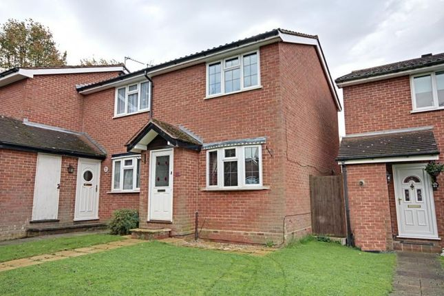 Thumbnail Semi-detached house to rent in Ladywell Prospect, Sawbridgeworth, Herts