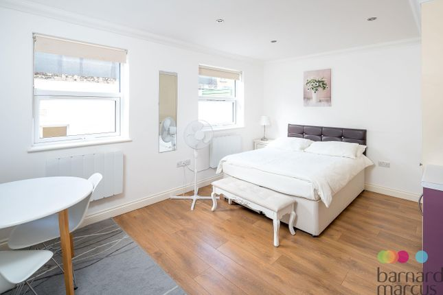 Thumbnail Studio to rent in Seagrave Road, London