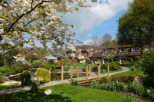 Thumbnail Flat to rent in Springvale Road, Headbourne Worthy, Winchester