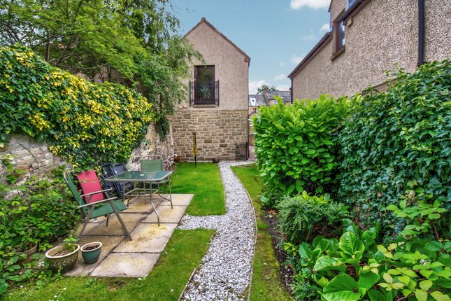 Thumbnail Mews house for sale in Lochside Mews, Linlithgow