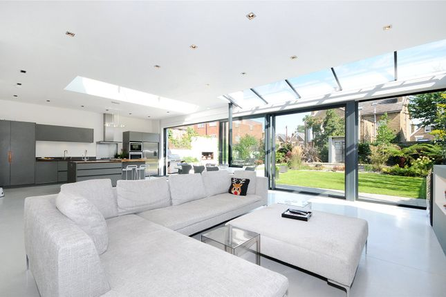 Thumbnail Detached house to rent in Mortlake Road, Kew, Surrey