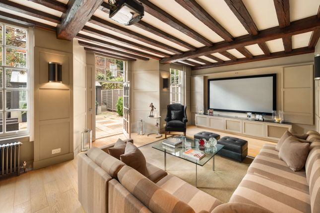 Thumbnail Terraced house to rent in The Vale, Chelsea, London