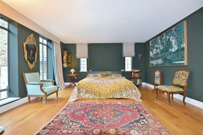 Thumbnail Property for sale in Camden Mews, London